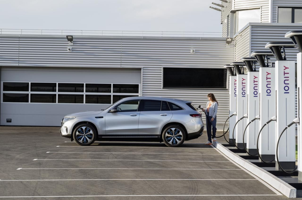 The first luxury electric SUV from Mercedes.